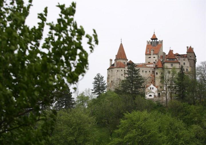 El castillo del Conde Drácula cuelga el cartel de 'Se vende'