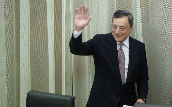 Draghi descarta una nueva burbuja inmobiliaria y apuesta por mantener la actual política monetaria