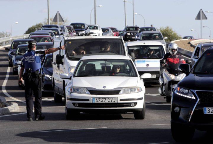 """San Blas se rebela contra """"el bloqueo"""" del barrio los días de fútbol"""