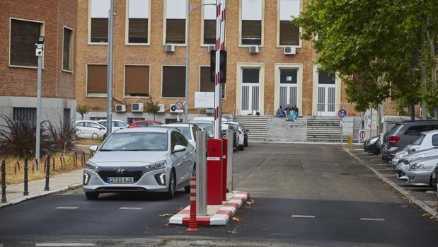 La red de aparcamientos disuasorios arranca en Ciudad Universitaria y llegara a Rivas